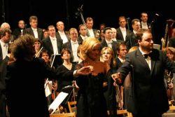 b_250_250_16777215_00_images_stories_szek_eloadasok_kat_koncert_2004_pikk_dama_taps.jpg